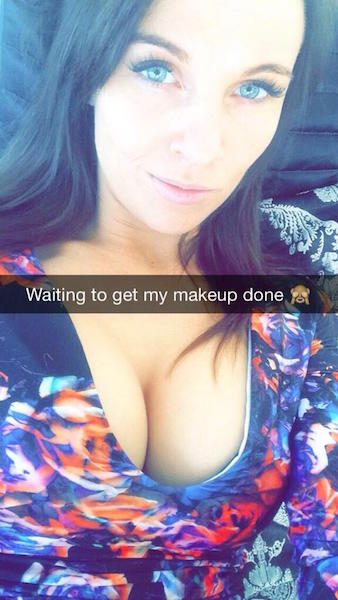 how to add hot girls on snapchat
