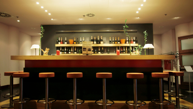 Tips for Stocking a Home Bar