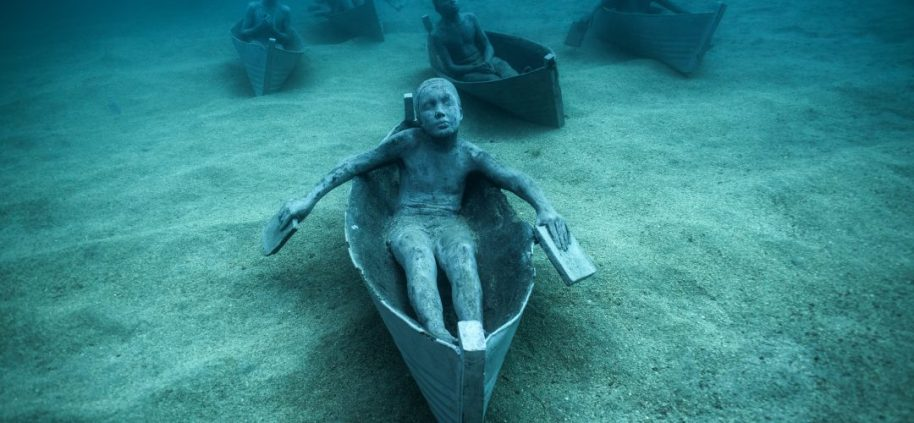 Jason_deCaires_Taylor_sculpture-00444_Jason-deCaires-Taylor_Sculpture.-1080x500