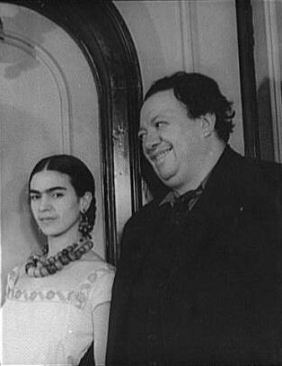 Frida Kahlo and Diego Rivera, 1932. Carl Van Vechten photograph collection (Library of Congress), courtesy of Wikimedia Commons.
