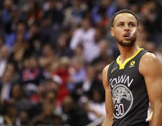 ABC7 Sports Reporter And Former Super Bowl Champion Steals Jacket From Stephen Curry's Bodyguard