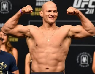 5 Things You Need To Know About Junior dos Santos