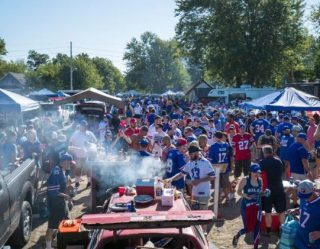 Celebrity Chefs Dish On Their Favorite Tailgating Foods And Football Teams