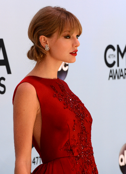 Taylor Swift attends the 47th annual CMA Awards at the Bridgestone Arena