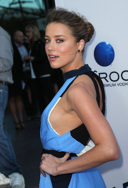 """Amber Heard attends the premiere of Relativity Media's """"Paranoia"""" at the DGA Theater"""