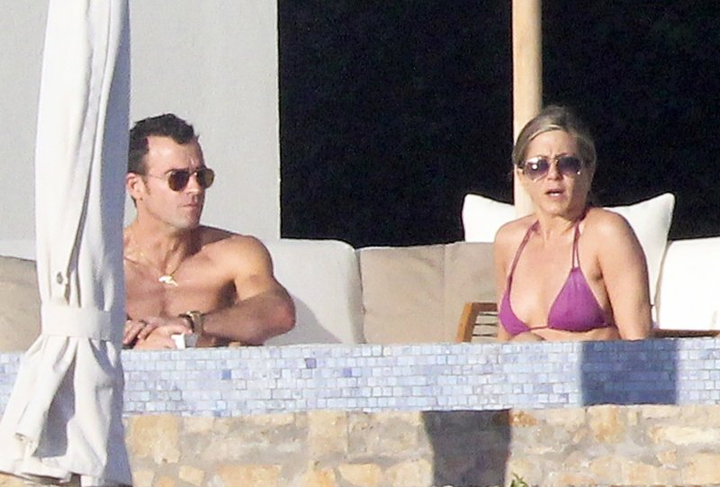 Jennifer Aniston and fiancee, Justin Theroux spend time on holiday in Los Cabos