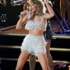 Taylor Swift performs onstage at the 2014 MTV Video Music Awards