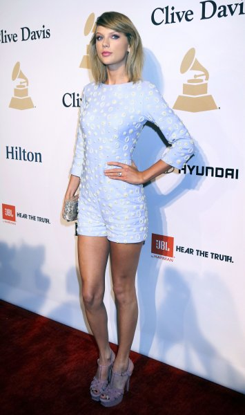 Pre-GRAMMY Gala & Salute to Industry Icons with Clive Davis Honoring Martin Bandier held at the Beverly Hilton Hotel Featuring: Taylor Swift Where: Beverly Hills, Kalifornien, United States When: 08 Feb 2015 Credit: Dave Bedrosian/Future Image/WENN.com **Not available for publication in Germany, Poland, Russia, Hungary, Slovenia, Czech Republic, Serbia, Croatia, Slovakia**
