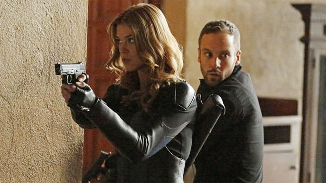 Bobbi and Hunter Agents of SHIELD