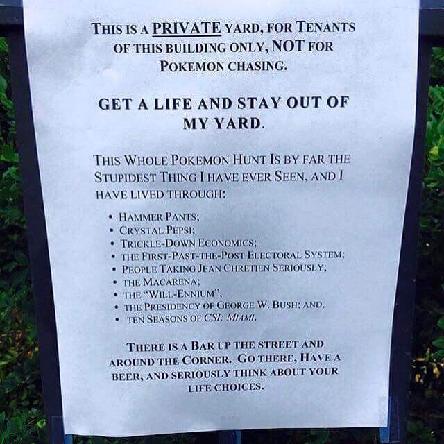 Pokemon-Go-PSA-Sign