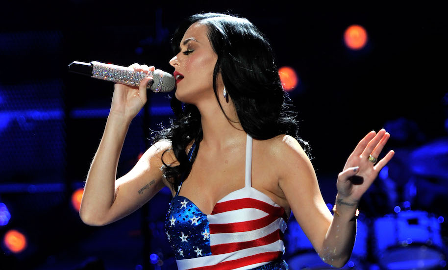 "Singer Katy Perry performs onstage during ""VH1 Divas Salute the Troops"" presented by the USO at the MCAS Miramar on December 3, 2010 in Miramar, California. ""VH1 Divas Salute the Troops"" concert event will be televised on Sunday, December 5 at 9:00 PM ET/PT on VH1."
