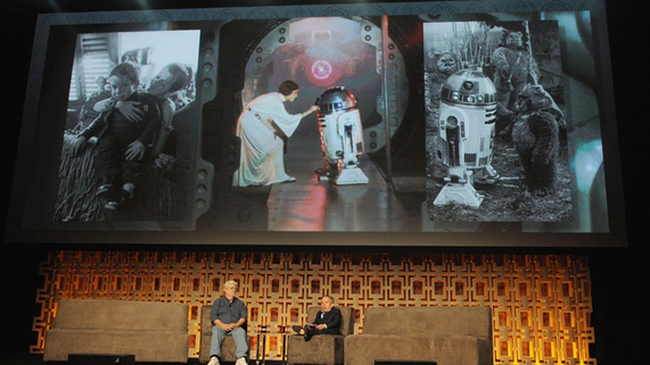 Carrie Fisher and Kenny Baker tribute