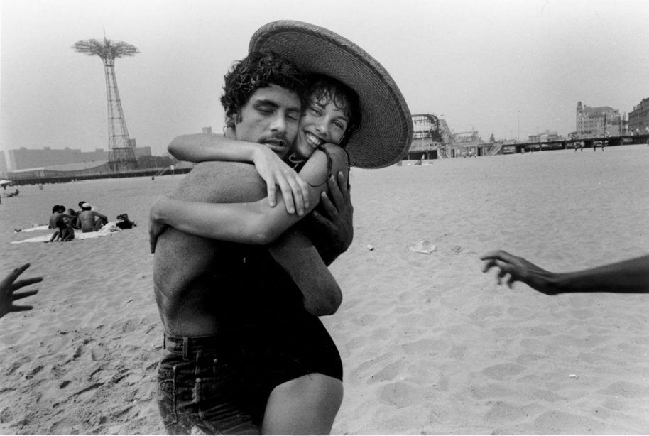 The Hug; Closed Eyes and Smile, 1982. © Harvey Stein 2011.