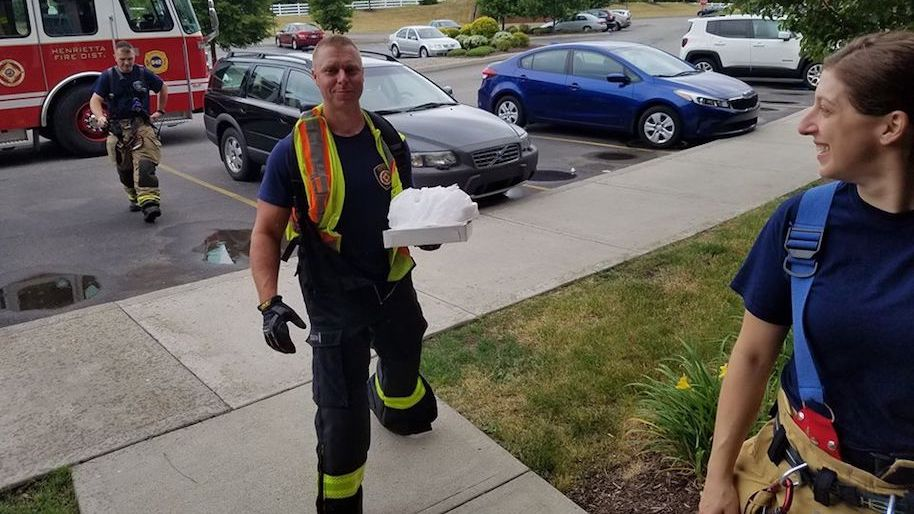 fire department delivers pizza