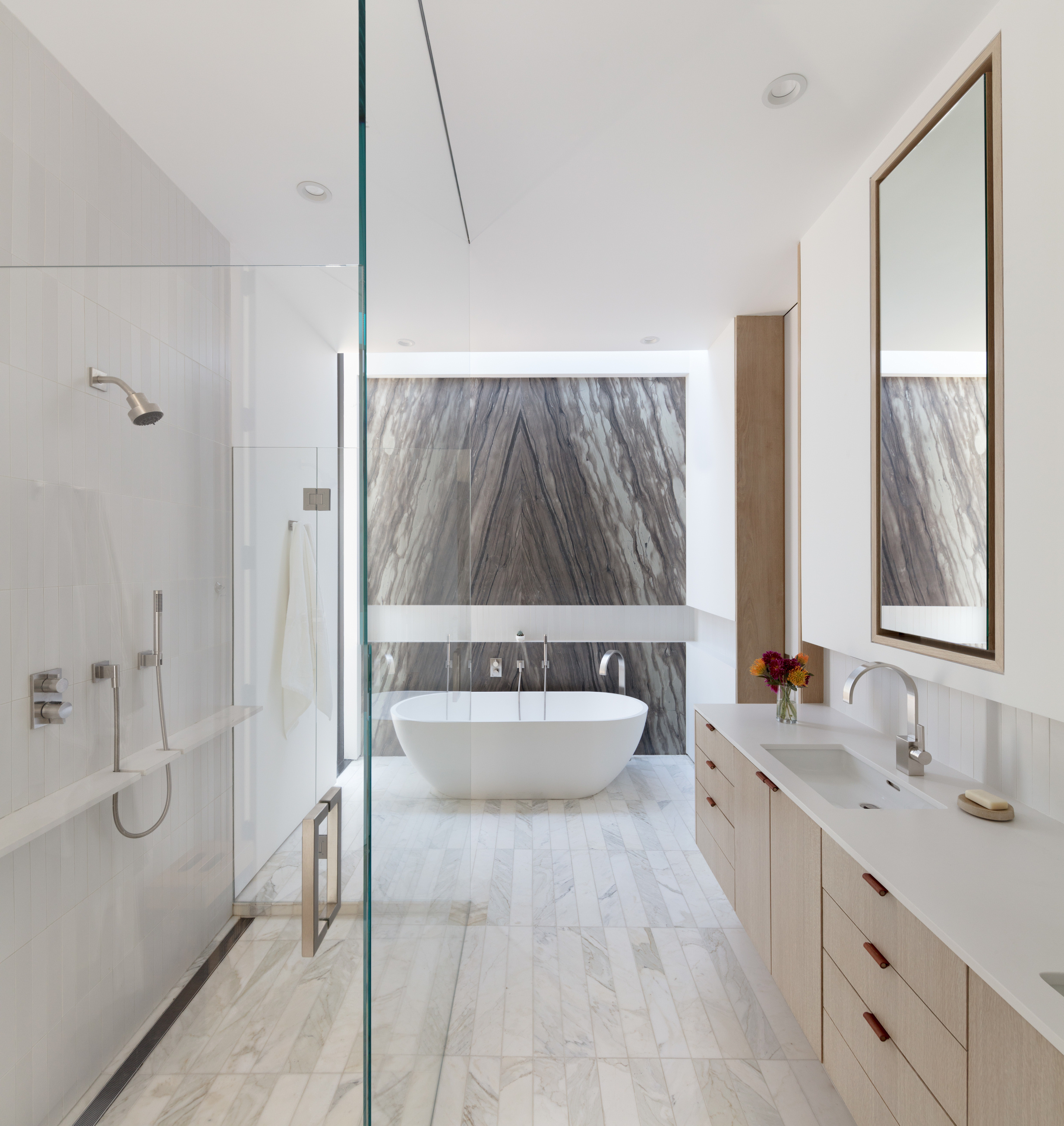 Preston Residence: Bathroom