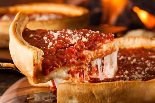 Chicago Style Deep Dish Pizza / Tempranillo