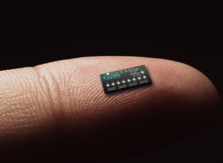 It Has Begun: People Are Getting Microchip Implants to Replace Credit Cards
